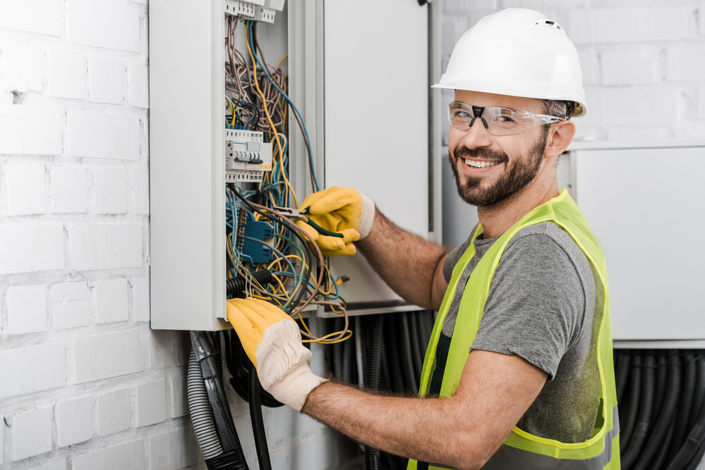 electrical contractors in Bradenton, FL
